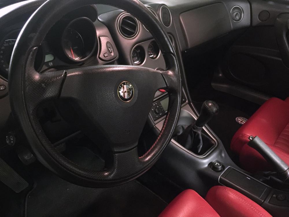 alfa_interior2.JPG