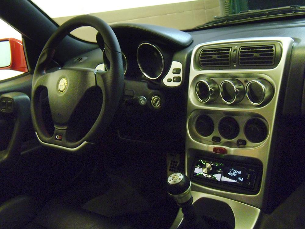 GTV-Q2-Paso-steering.jpg