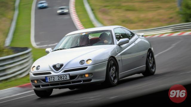 Alfa Romeo GTV 3.0 V6 on Green Hell